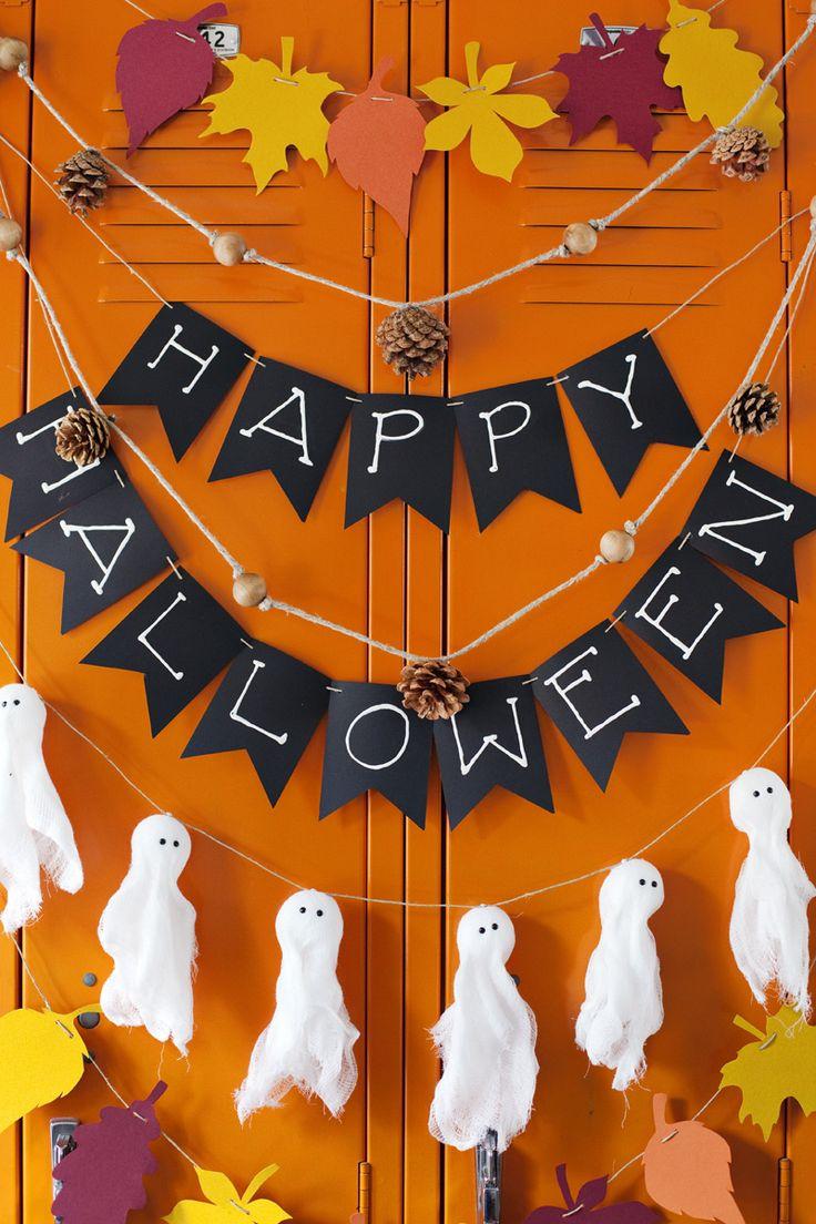 4 Easy Fall & Halloween Garland Ideas