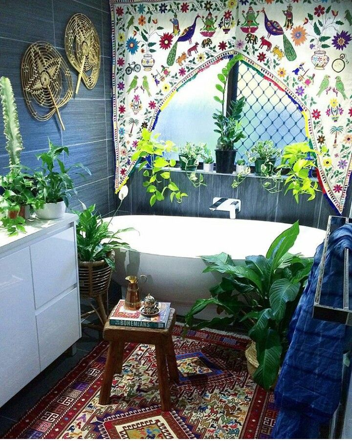 Open air, colourful greenery infused bathroom. So lovely and happy.