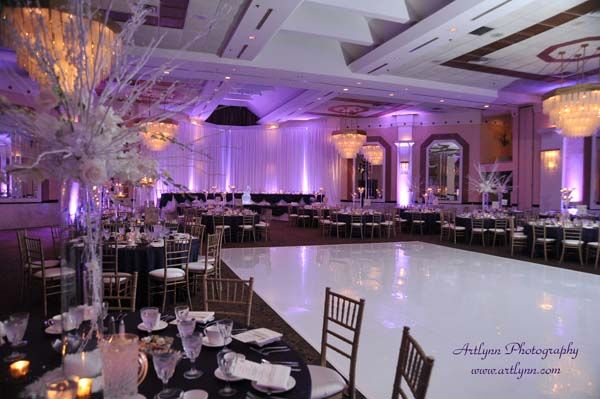 Georgios Banquets Quality Inn Suites Conference Centre Chicagostyle Weddings Chicago Wedding Venues Wedding Reception Venues Wedding Venues Toronto