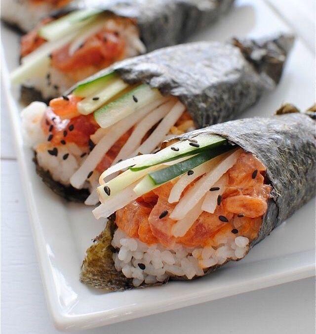 Ini bukan makan siangku..tapi gw suka.. Mana yg bukan makan siangmu..tapi kamu suka? 😂👻
