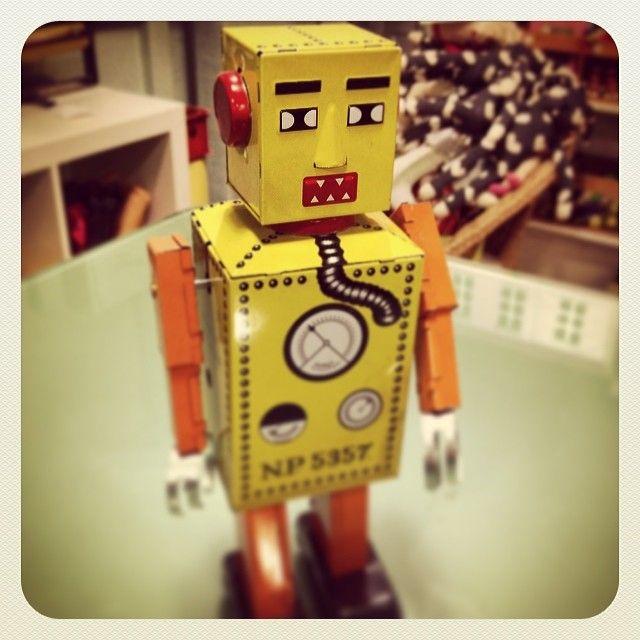 Robot Liliput. De cuerda, como los de antes!