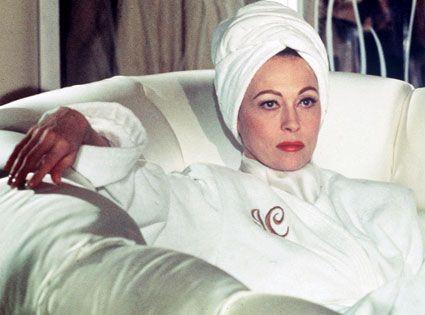 Faye Dunaway in Mommie Dearest....M x
