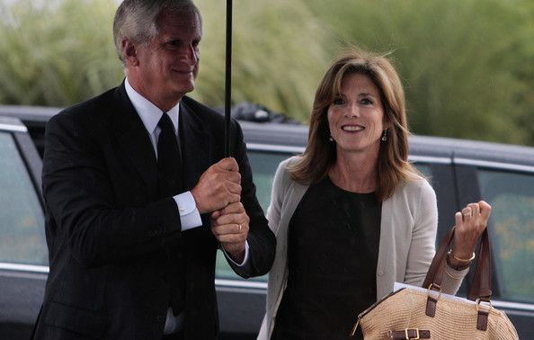 Caroline Kennedy and Edwin Schlossberg Photos - Edwin Schlossberg and wife Caroline Kennedy arrive for a memorial to U.S. Sen. Edward Kennedy at the John F. Kennedy Presidential Library August 28, 2009 in Boston, Massachusetts.  Edward Kennedy, youngest sibling to brothers President John F. Kennedy and Robert F. Kennedy, died of brain cancer August 25. - Mourners Attend Celebration Of Life Memorial Service For Ted Kennedy