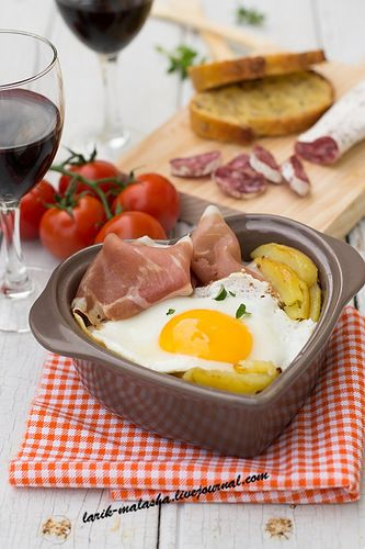 """Разбитые"" яйца (Huevos rotos)"