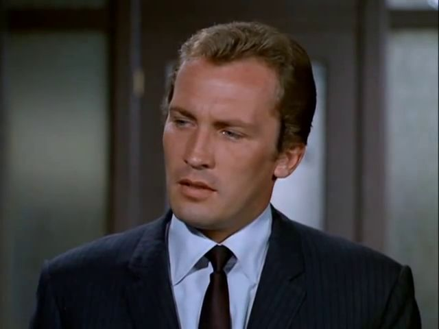 The Invaders: Season 2, Episode 7 The Spores (17 Oct. 1967) Roy Thinnes