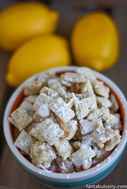 White Chocolate Lemon Puppy Chow Recipe! My mouth is WATERING! http://fantabulosity.com