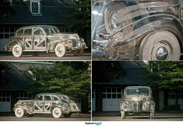 1938 pontiac ghost car is covered with plexiglass... so u can c the inside