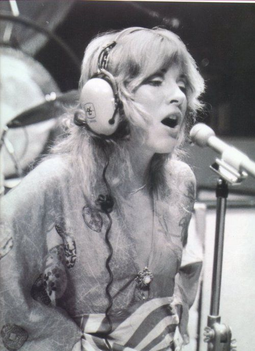 young Stevie Nicks poster | Stevie nicks witch, Stevie ...