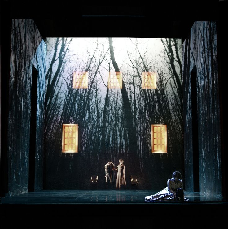 The Turn of the Screw from Opéra de Lille. Production by O Bénézech. Sets by Alain Lagarde.