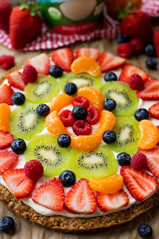 Make brunch extra special with this healthier breakfast fruit pizza! It's loaded with fresh fruit and ready to go in just over 30 minutes!