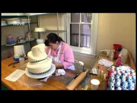Zdeňka Michnová - Zdobení dortů - 2.1 - YouTube
