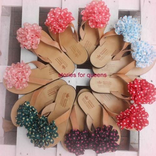 Χειροποίητα σανδάλια stories for queens με πουά λουλούδια.  http://handmadecollectionqueens.com/γυναικεια-χειροποιητα-σανδαλια-με-πουα-λουλουδια  #handmade #fashion #sandals #footwear #women #storiesforqueens #summer #χειροποιητα #γυναικα #σανδαλια #υποδηματα #μοδα #καλοκαιρι