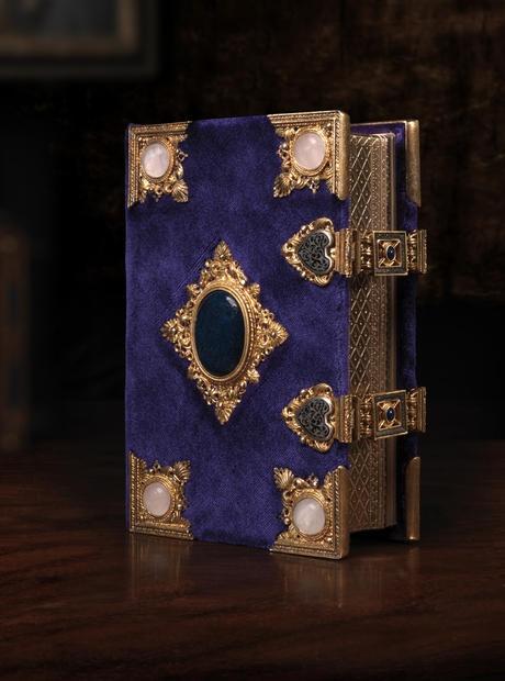 Biblioteca Medicea Laurenziana i manoscritti miniati del '400 fatti realizzare da Lorenzo il Magnifico come doni nuziali per le tre figlie  IL LIBRO D'ORE #TuscanyAgriturismoGiratola