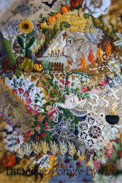 crazy quilting Halloween, by Évelyne Mauvilly link http://www.fantaisiescrazybyevy.blogspot.com/