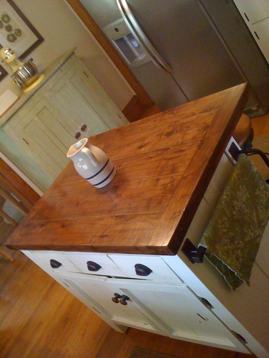 Hanku0027s Homemade Kitchen Island. | GRIT Magazine