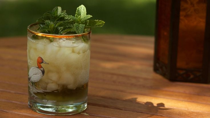 Today is Memorial Day, but it's also Mint Julep Day. In honor of the refreshing summertime cocktail comprised of bourbon and mint, here's an easy tip for making them even better. All you need to do is give your glass a minty rubdown.