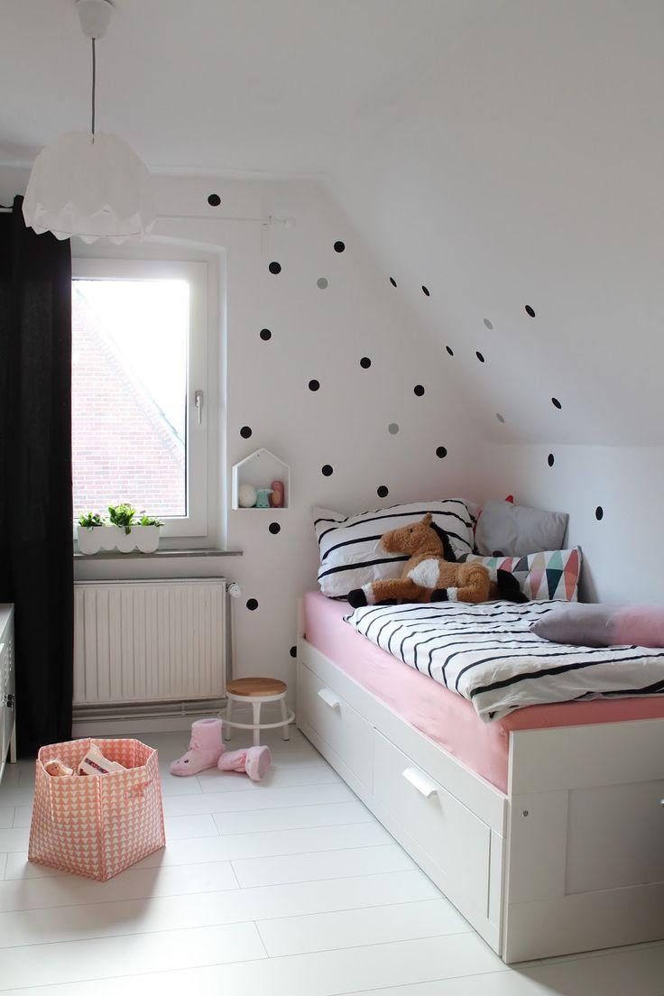 die besten 25 brimnes bett ideen auf pinterest bett mit schubladen ikea led und ikea bett. Black Bedroom Furniture Sets. Home Design Ideas