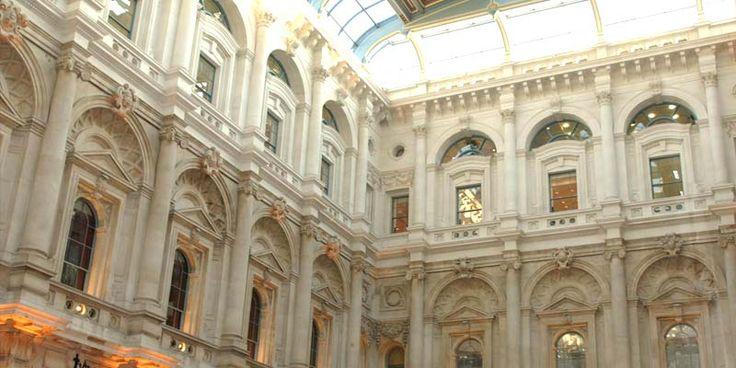 An Elegant Soiree, The Royal Exchange, London
