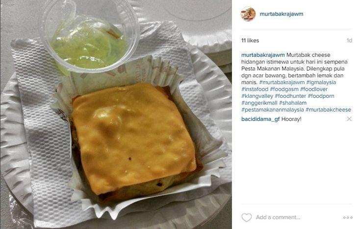 Murtabak cheese hidangan istimewa untuk hari ini sempena Pesta Makanan Malaysia. Dilengkap pula dgn acar bawang, bertambah lemak dan manis. #murtabakrajawm #igmalaysia #instafood #foodgasm #foodlover #klangvalley #foodhunter #foodporn #anggerikmall #shahalam #pestamakananmalaysia #murtabakcheese