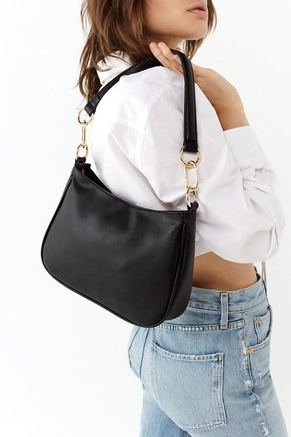 f3b529108202 21 Of The Best Places To Buy Handbags And Purses Online In 2018   shoppursesonline