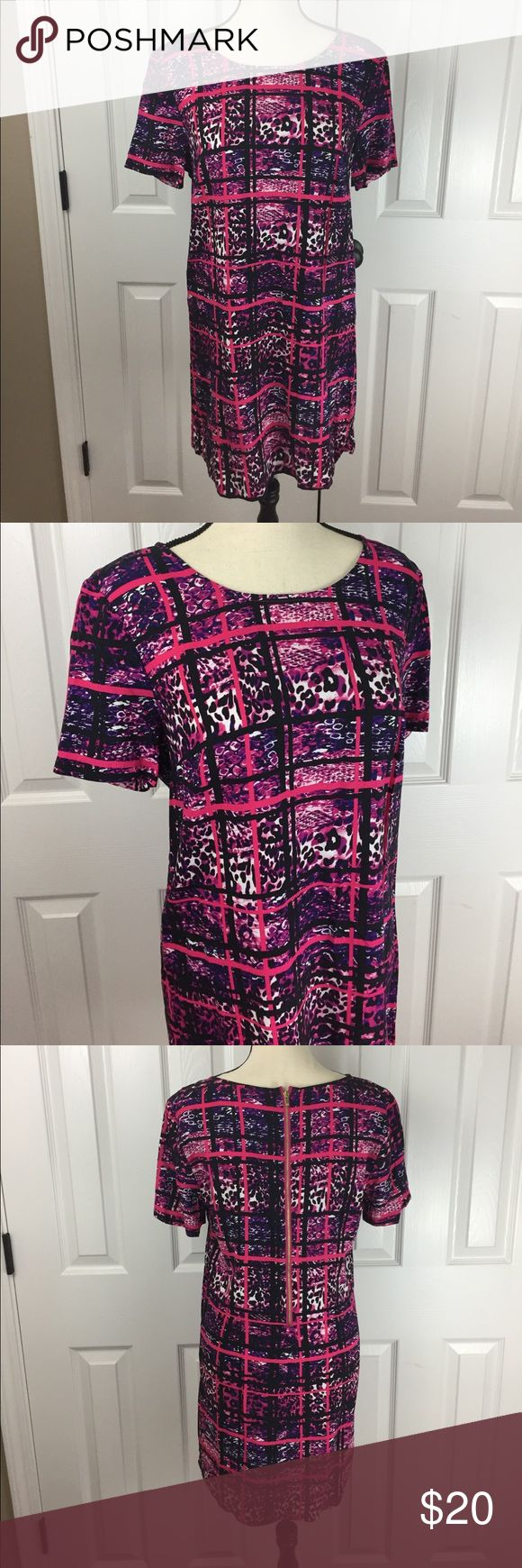 Women's Ámbar Pink and Purple Comfy Sheath Dress Brand New without tags. Women's Ambar brand Pink and Purple short sleeve Sheath Dress size medium. 100% Rayon. Beautiful dress. Pet free and smoke free home. Please check out my other listings! Thanks! Dresses