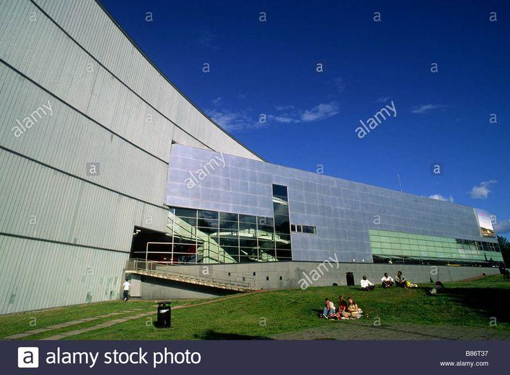 finland-helsinki-kiasma-museum-of-contemporary-art-architect-steven-B86T37.jpg (1300×956)