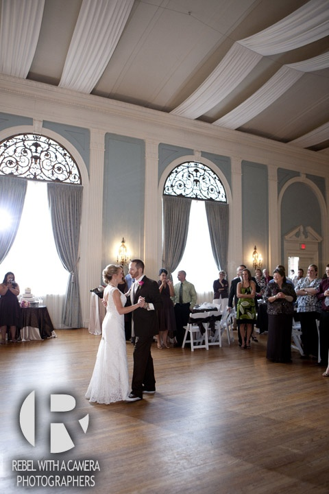 Austin wedding photography at Texas Federation of Women's Clubs Mansion