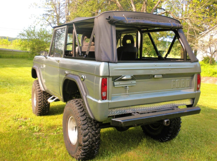 1969 Ford Bronco 4X4 with 4-Link, NV4500 5-speed