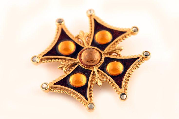 Красивый мальтийский крест с эмалью от Florenza