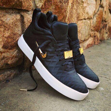 Quieres ver los ultimos modelos y clasicos en zapatillas 'importadas' ¡¡SIGUE!! A @sneaker_storecali3 @sneaker_storecali3 Que te trae exclusividad para que estes a la moda👟👟👟👟👟👟👟 ¡¡SIGUENOS!! 👇👇👇👇👇👇👇 @sneaker_storecali3 @sneaker_storecali3 @sneaker_storecali3 @sneaker_storecali3 👉informacion: 📲whatsapp 3233015246 3233015246 🏍Domicilios gratis en cali ✈️envios a toda colombia @sneaker_storecali3 @sneaker_storecali3