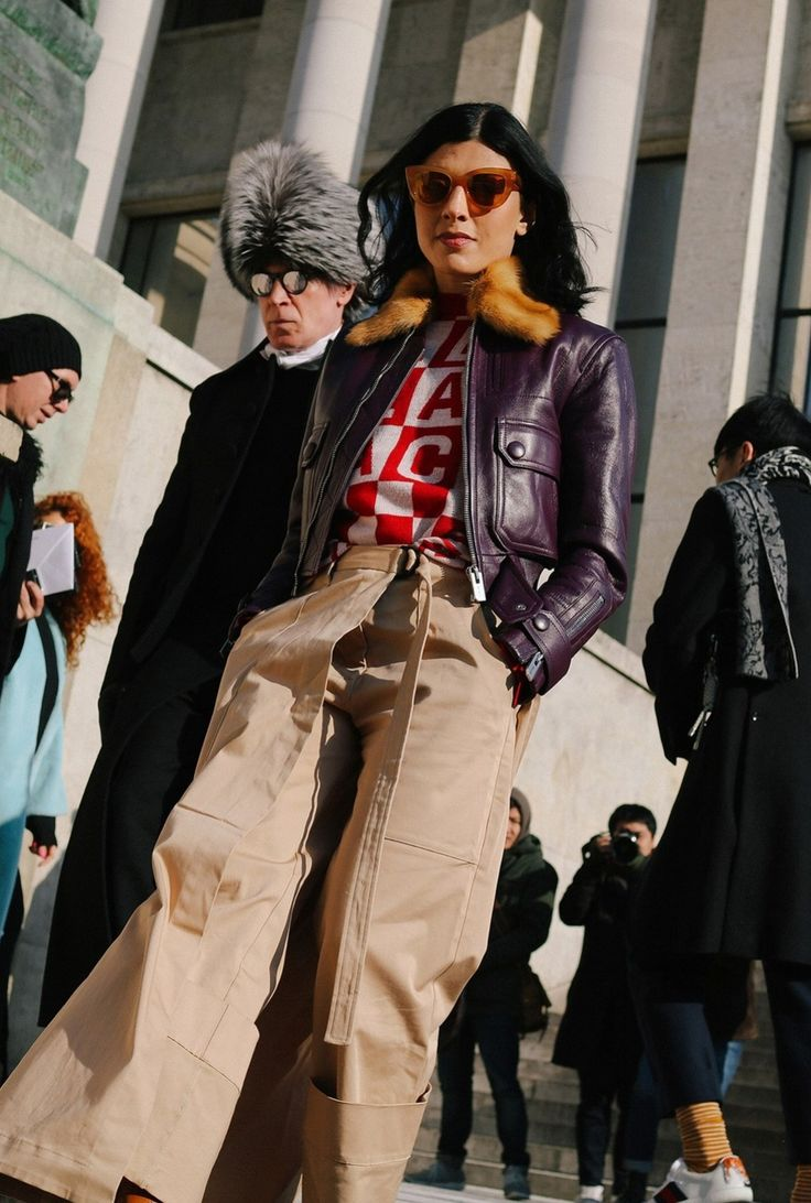 The best street style pics From the Paris Fall 2017 sen's shows. Photographed by Phil Oh.