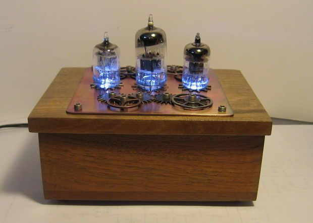 Picture of Steampunk Vacuum Tube Night Light