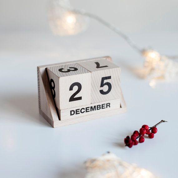 eco friendly wooden calendar by ekodizajn on Etsy