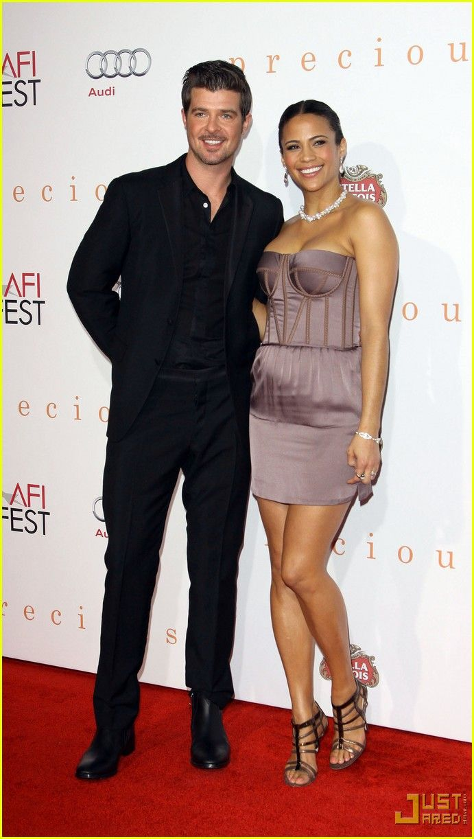 What a gorgeous couple. One of my fav. couple. Robin Thicke and Paula Patton.