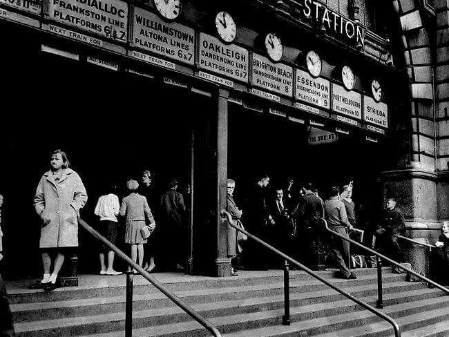 Flinders Street Railway Station in Victoria in 1963.
