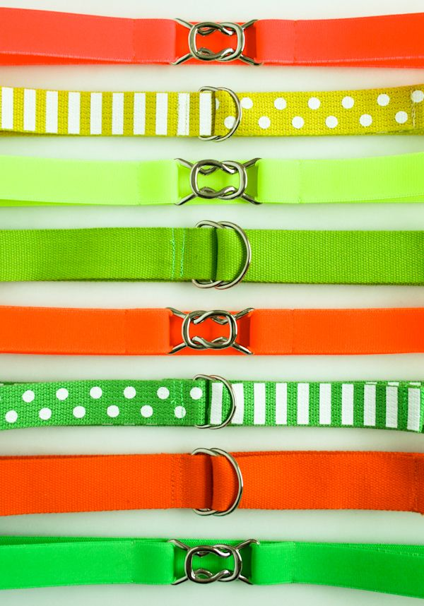 D-ring belts in hot neon colors (ribbon, cotton webbing, twill tape or elastic) are great for summer. From the Purl Bee. #belts