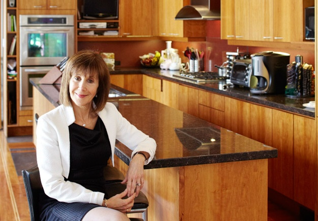 Open Kitchen interview at my home: www.foodnetwork.ca/guides/OpenKitchen/gallery.aspx?id=50245#3Kitchens Interview, Open Kitchens