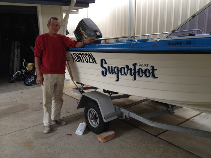 sugerfoot boat name hand painted