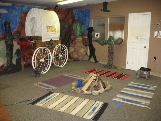 western Vbs - Google Search @jen1978mason , we'll need a covered wagon for sure!!