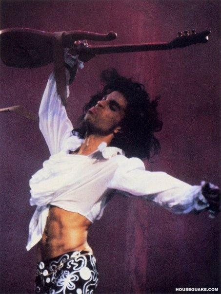 Vintage, unbridled Prince <3