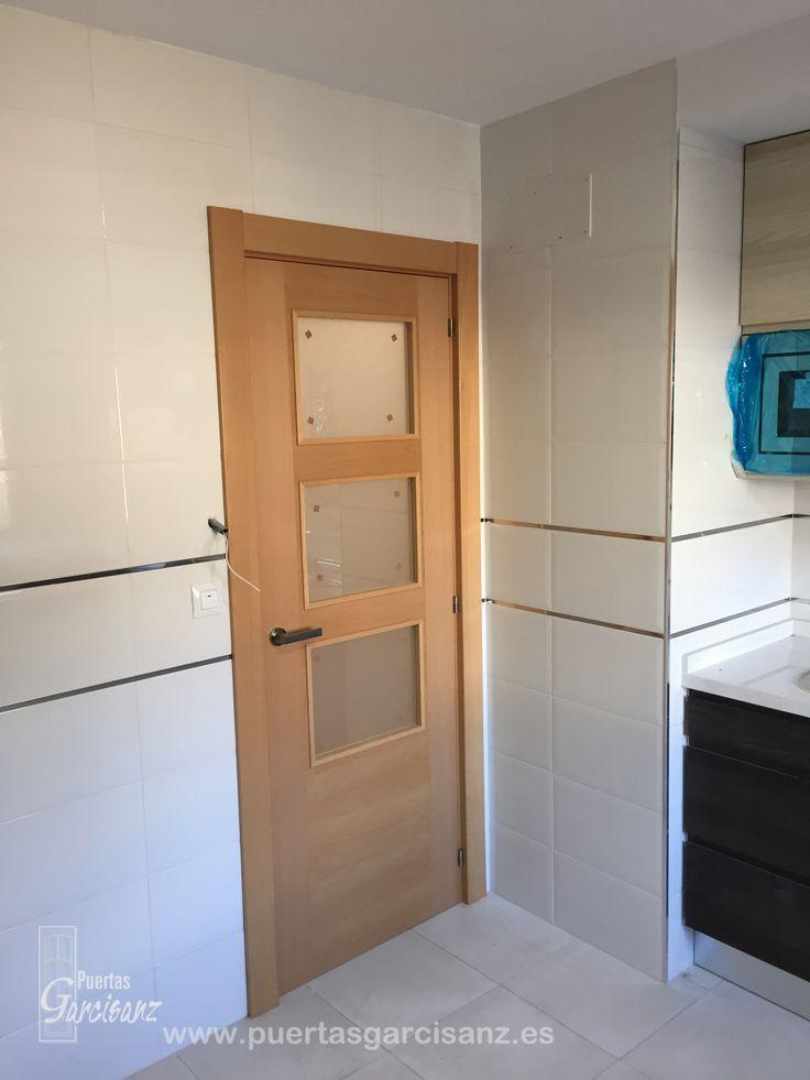 34 best puertas de interior de madera images on pinterest - Puertas haya vaporizada ...