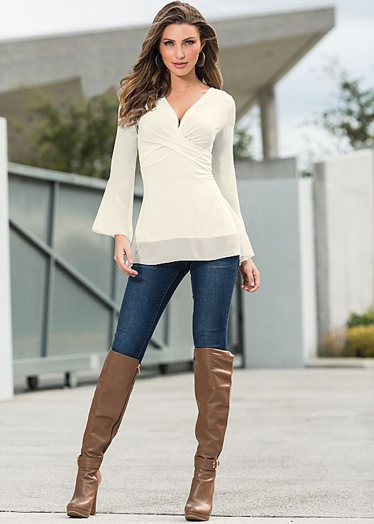 Off White Chiffon sleeve top from VENUS. Sizes XS-XL!