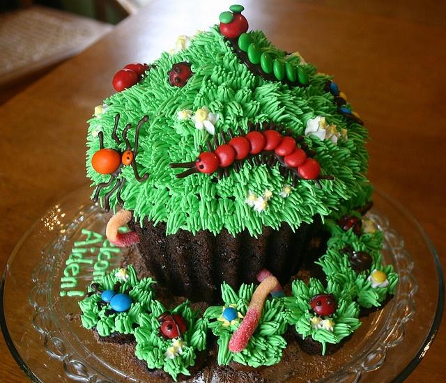 Giant bug cupcake