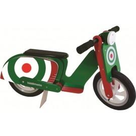 Green Target Kiddimoto scooter loopfiets    Maak de blitz met deze fantastische scooter van Kiddimoto.  Met deze loopfiets ontwikkel je razendsnel een goede balans, coördinatie en motoriek waardoor de overstap naar de echte fiets haast vanzelf gaat.  Deze scooter is een cool, orgineel en leerzaam kado waarmee bij ieder kind een lach op het gezicht getoverd wordt.