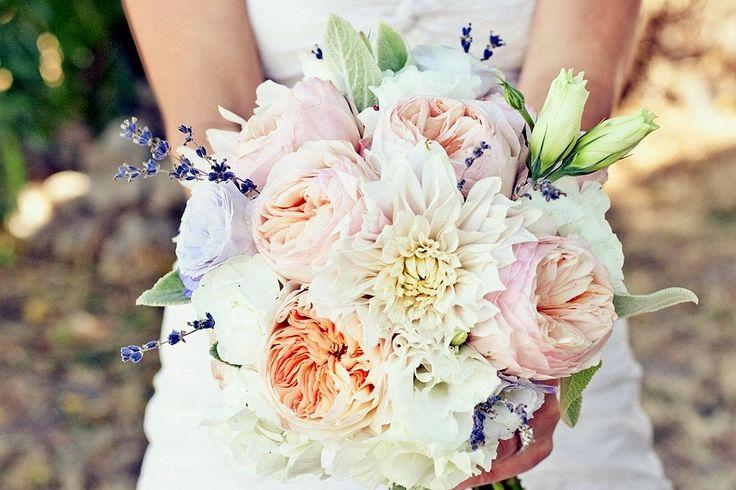 Ti sposi nel 2015? Scegli colori freschi e romantici!  Ecco i colori di tendenza per le #nozze 2015 #matrimonio #wedding