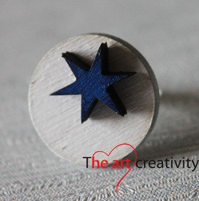 Anello in legno con stella. #legno #anello #stella #bianco #blu #cerchio #handmade