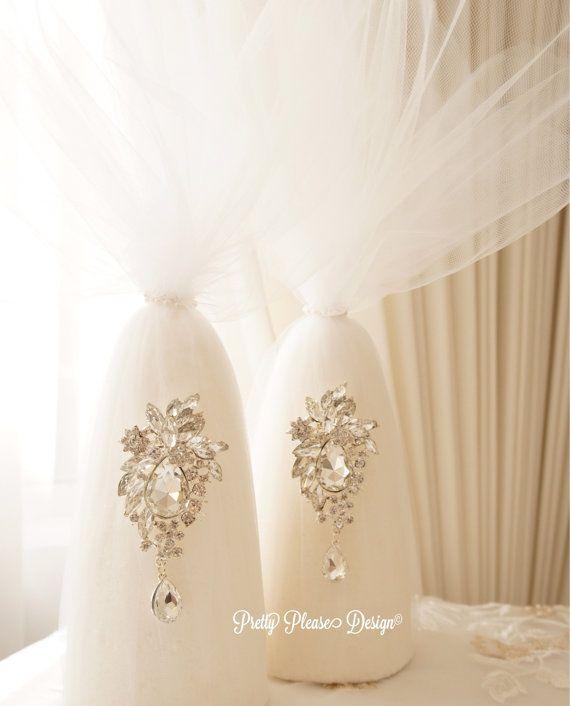Sofreh Aghd Kaleh Ghand | Sugar Cones by prettypleasedesign. À la carte sofreh aghd design by Parisa #persianwedding #pretties