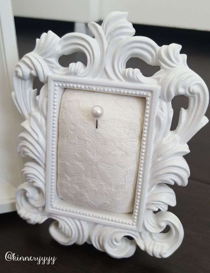 engagement ring holder lace frame with pearl pin