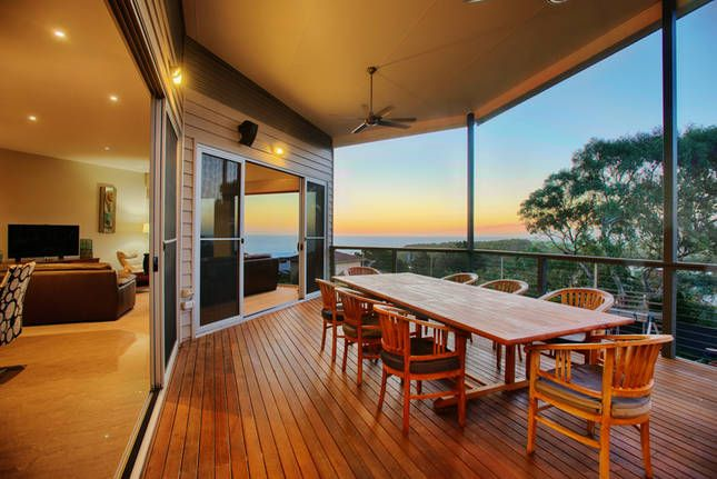 Spend your next holiday relaxing at the Coral Sands Luxury Beach House, located in Adelaide's McLaren Vale region, South Australia. This is the perfect place for great wine and company, whilst enjoying the view of the beach.
