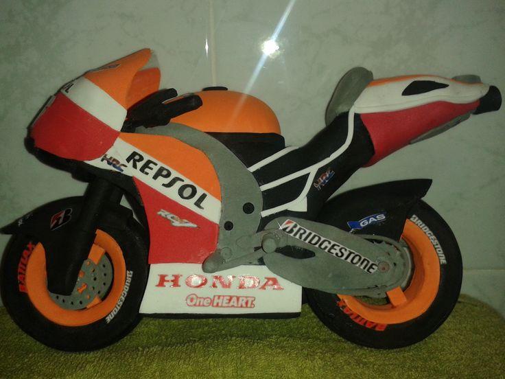 Moto Dani Pedrosa en goma eva 1